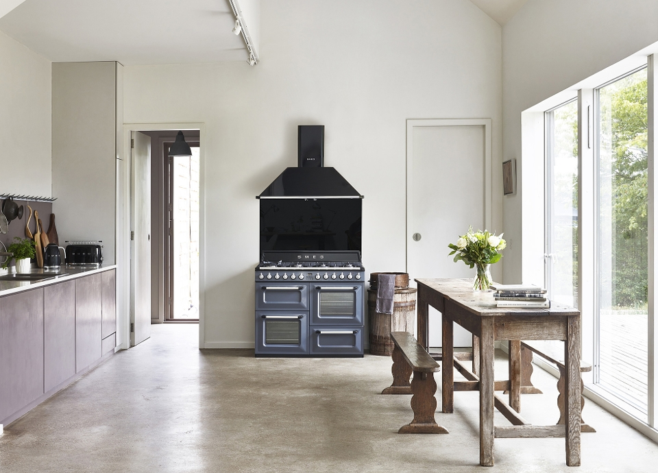 Smeg 90cm Traditional Three Cavity Range Cooker with Induction Hob Stainless Steel - TR93IX
